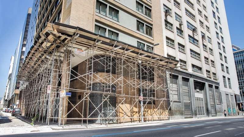 Aparalixo construção civil